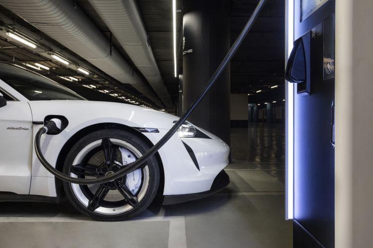 Porsche Cargadores Rapidos City Charging 04