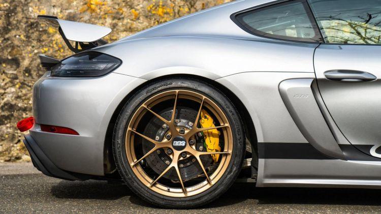 Porsche Cayman Gt4 Manthey Racing 7