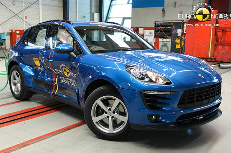 Porsche Macan crash-test EuroNCAP