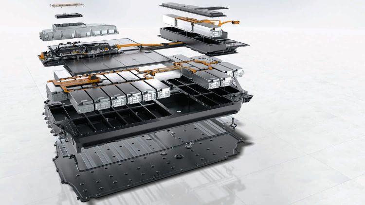 Porsche Evolucion Baterias Taycan 03