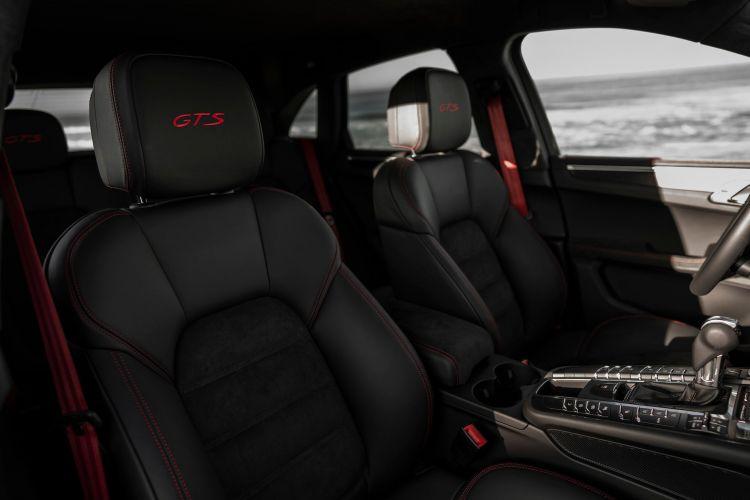 Porsche Macan Gts 30 Interior