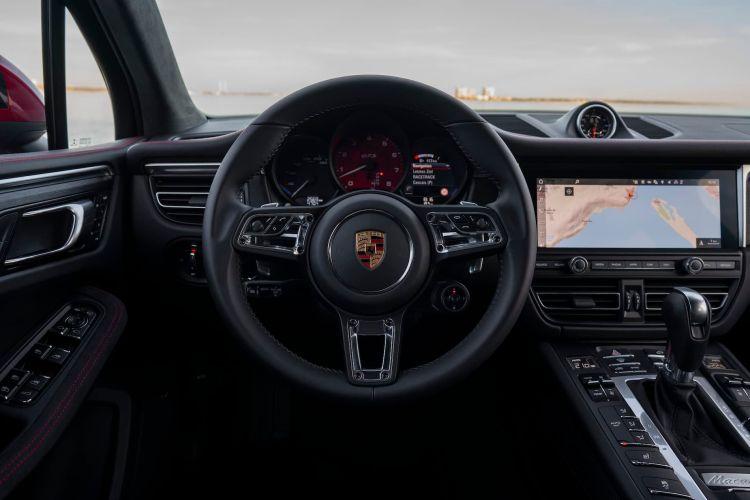 Porsche Macan Gts 40 Interior