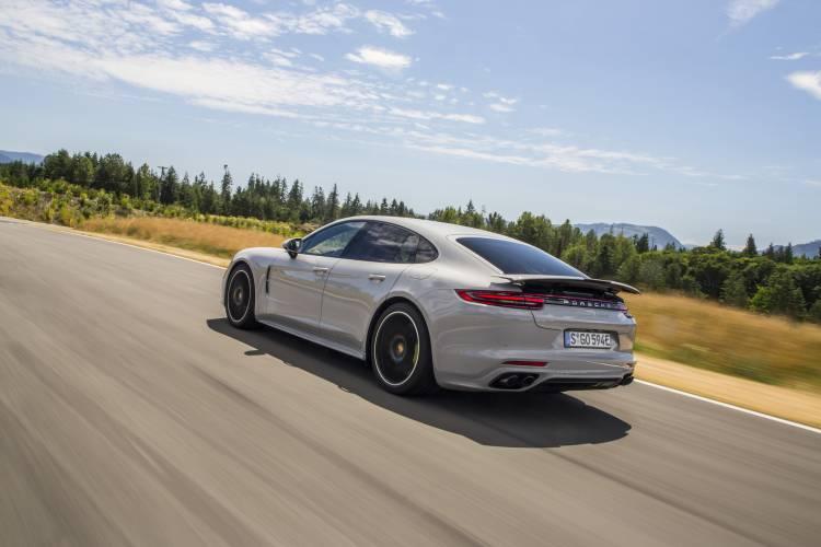 Porsche Panamera 1003