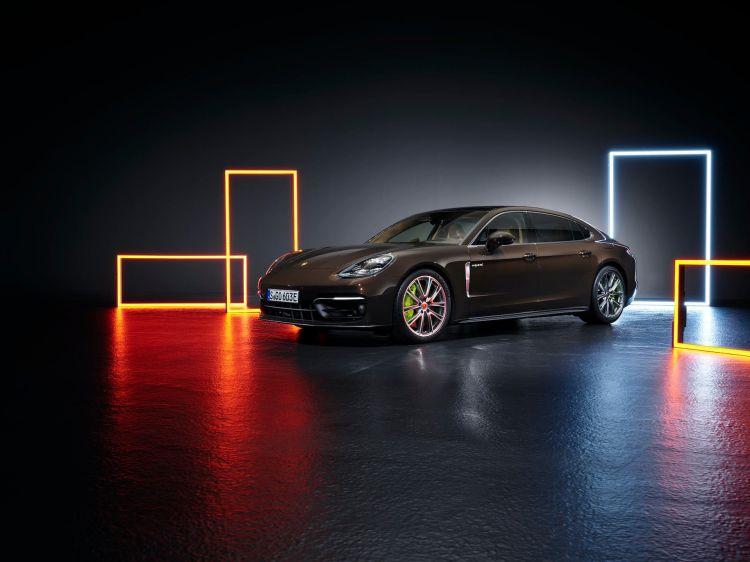 Porsche Panamera 2020 1