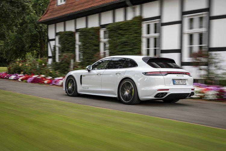 Porsche Panamera 2021 1220 126