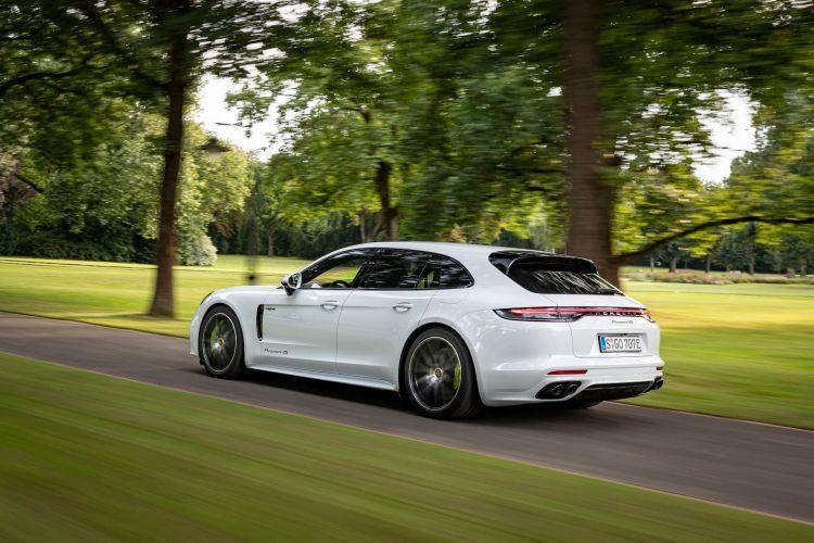 Porsche Panamera 4s E Hybrid Sport Turismo 2021 49