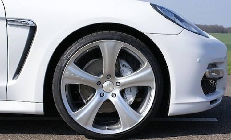 Porsche Panamera por Hofele, estilo Audi R8