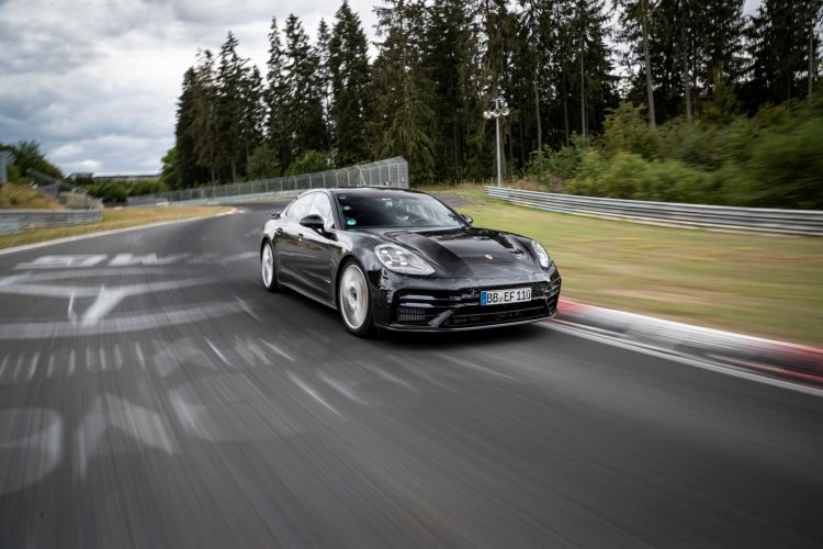 Porsche Panamera Nurburgring Nuevo Record 01
