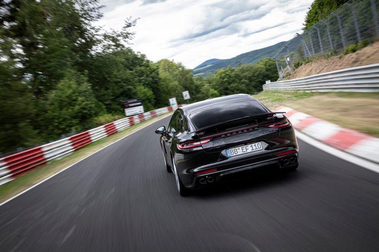 Porsche Panamera Nurburgring Nuevo Record 03
