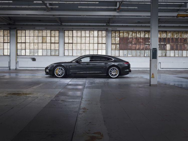 Porsche Panamera Turbo S 2021 2