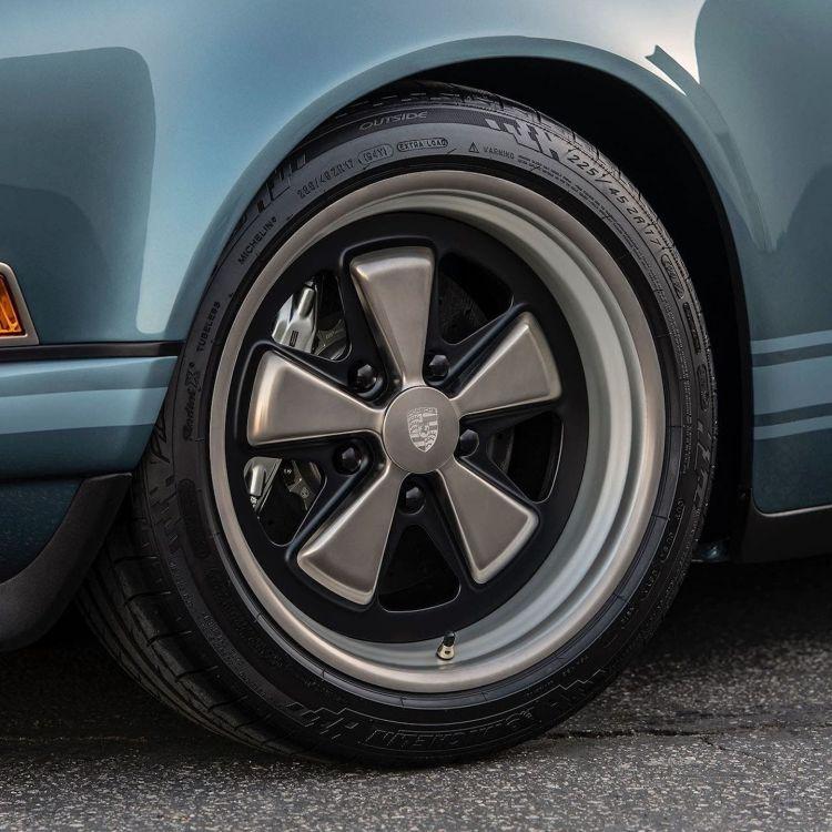 Porsche Singer 911 Octagon Dm 2