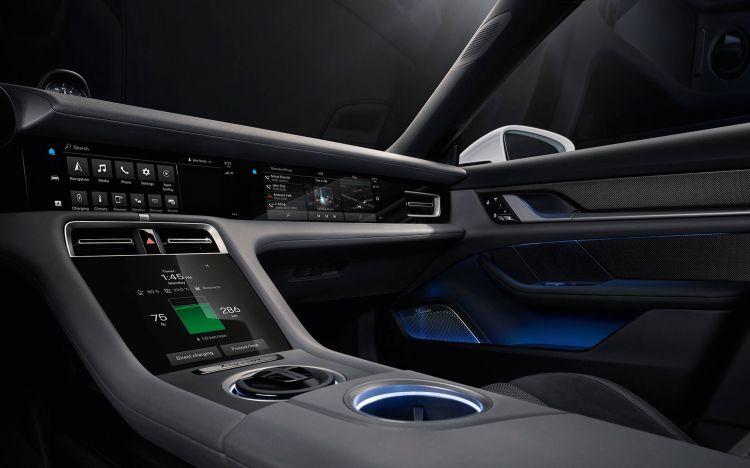 Porsche Taycan 2020 Interior 01
