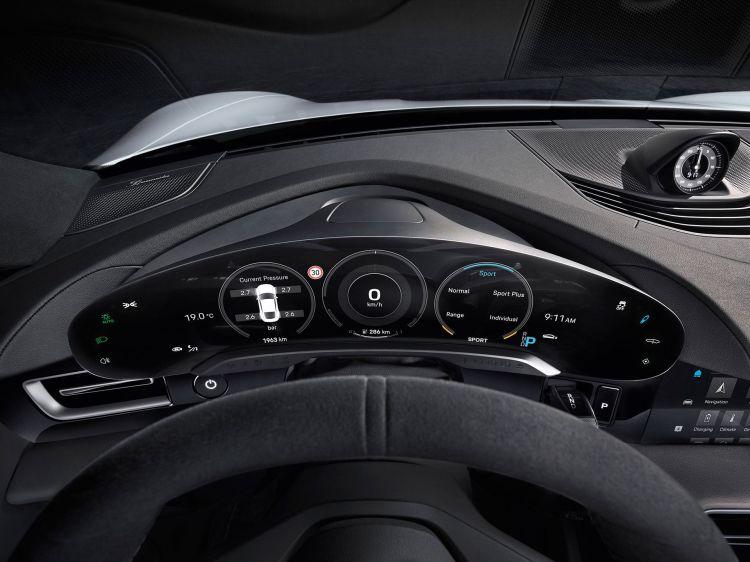 Porsche Taycan 2020 Interior 02