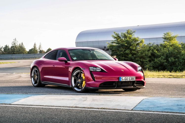 Porsche Taycan Actualizacion 2021  04