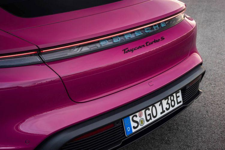 Porsche Taycan Actualizacion 2021  06