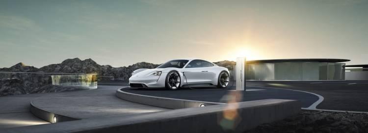 Porsche Taycan Mission E 0119 006