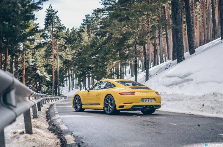 Porsche 911 Carrera 5 40
