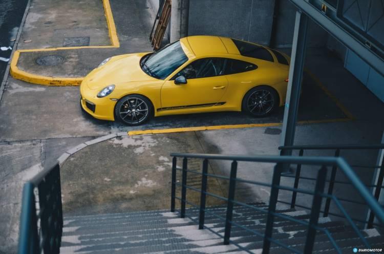 Porsche 911 Carrera T 2