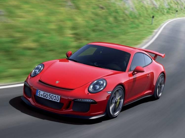 Paralizada la distribución del Porsche 911 GT3: ya han ardido 2 unidades
