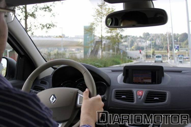 Renault Fluence Z.E., presentación y prueba en París