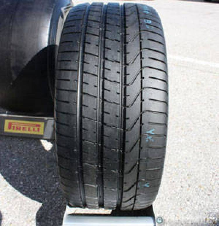 Presentación de los neumáticos Pirelli P Zero Silver, dibujo del neumático
