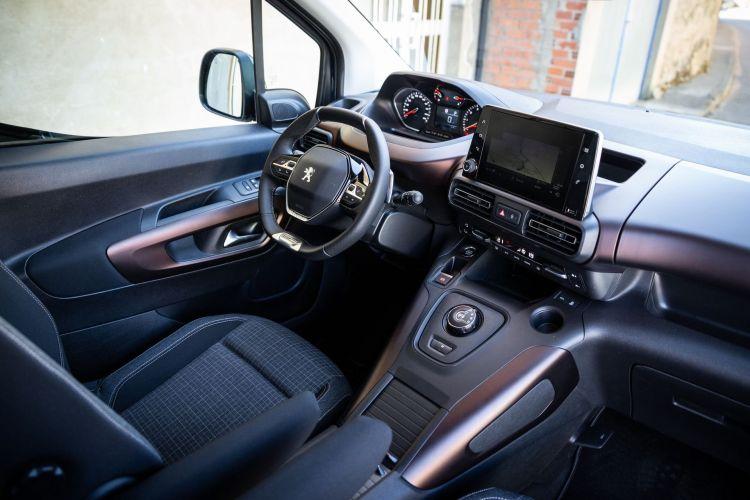 Prueba Peugeot Rifter Long Interior 1