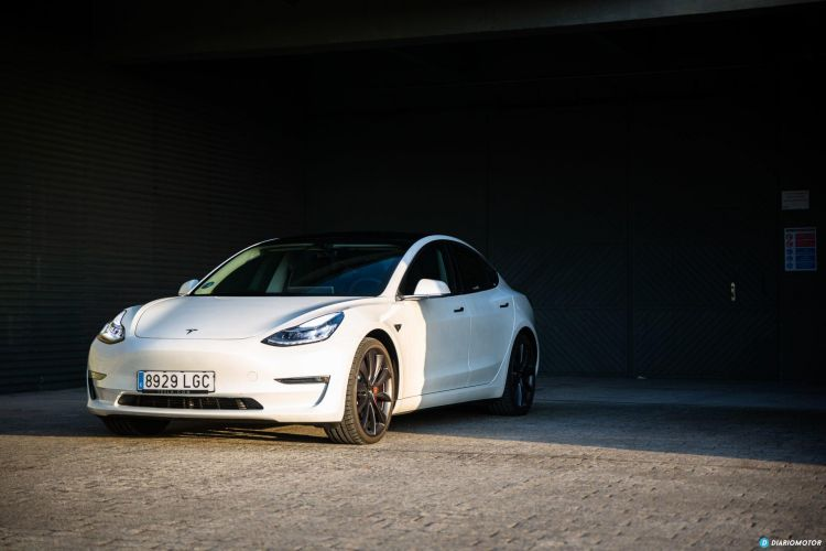 Prueba Tesla Model 3 Performance 17