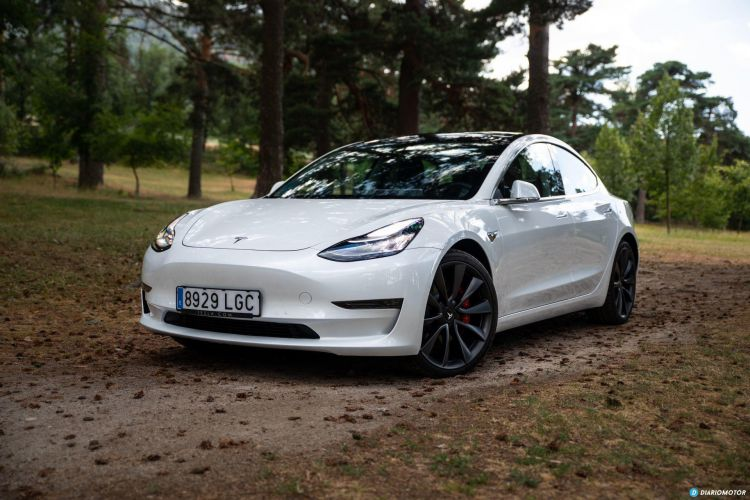 Prueba Tesla Model 3 Performance 9
