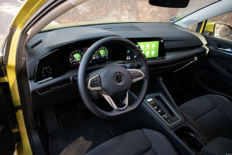 Prueba Volkswagen Golf 8 Etsi 23