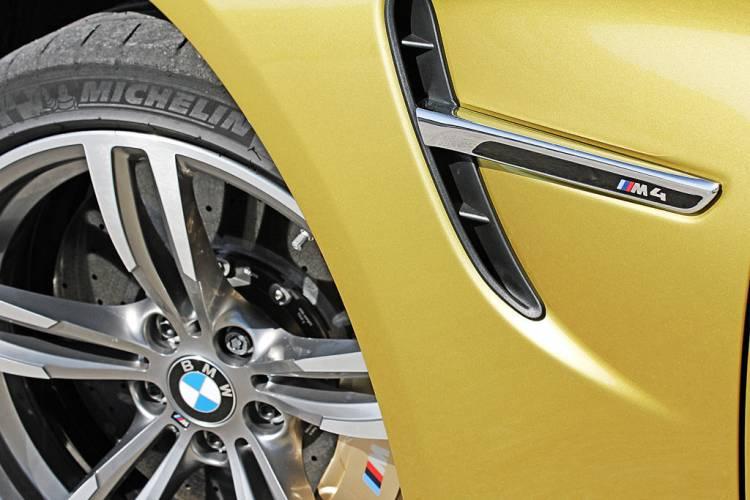 Branquia BMW M4