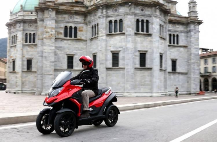 Quadro4, borrando la frontera entre el coche y la moto