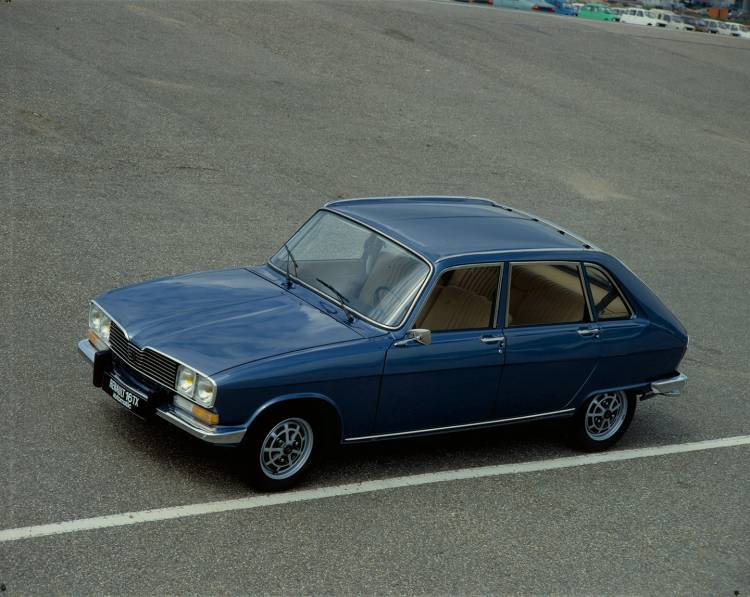 renault-16-01-1440px