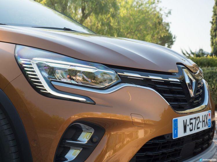 Renault Captur Faros 00001