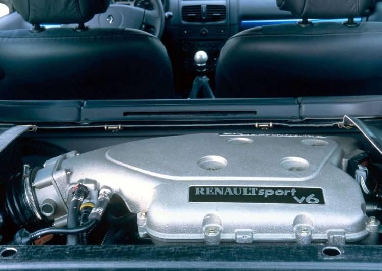 Renault Clio V6 Porsche 1018 004