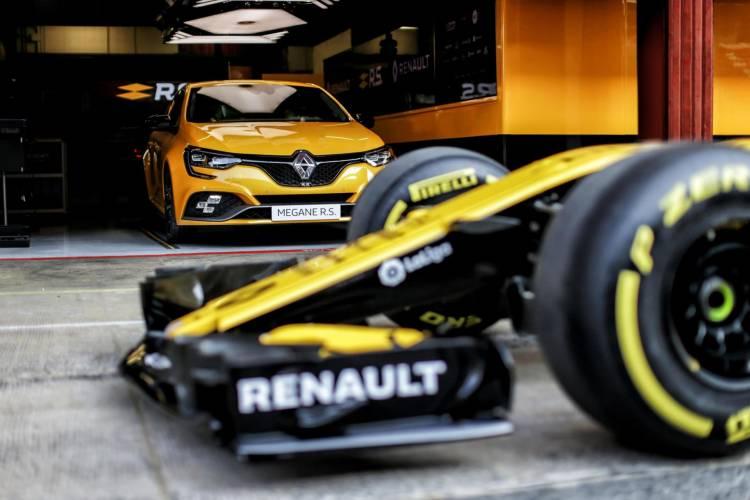 Renault Megane Rs Trophy 2018 1