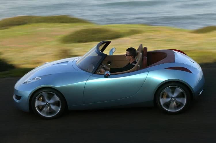 renault-wind-concept-2004-10
