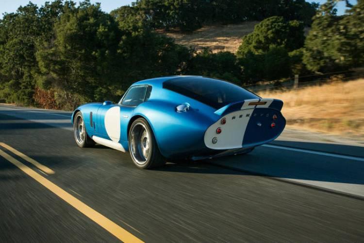 Renovo Coupé: el deportivo eléctrico inspirado por Shelby
