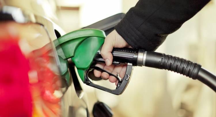 repostar-combustible-gasolinera-2017-01