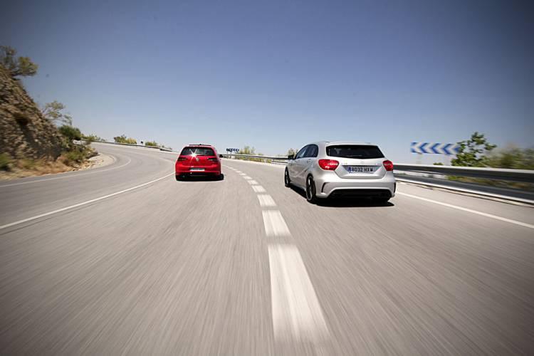 Volkswagen Golf R y Mercedes A45 AMG