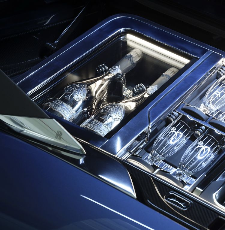 Rolls Royce Boat Tail 2021 36