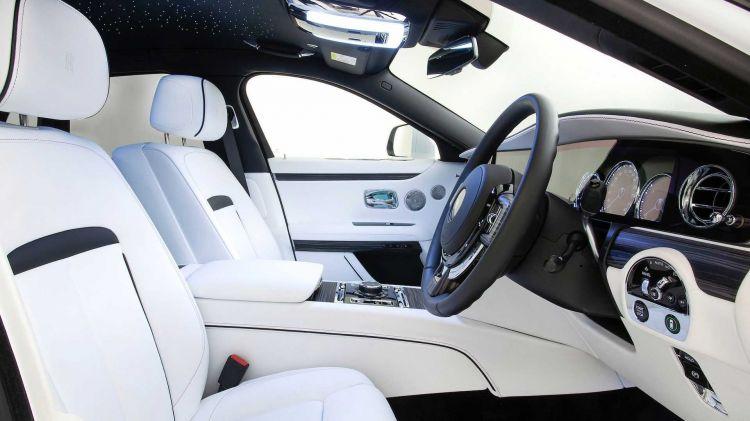 Rolls Royce Ghost 2021 02