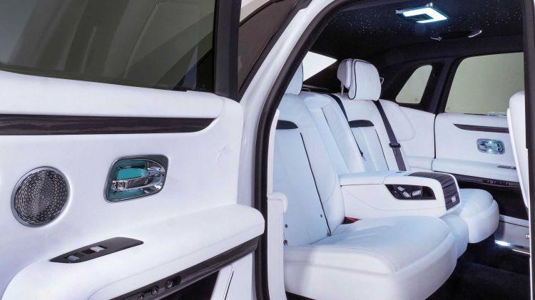 Rolls Royce Ghost 2021 09