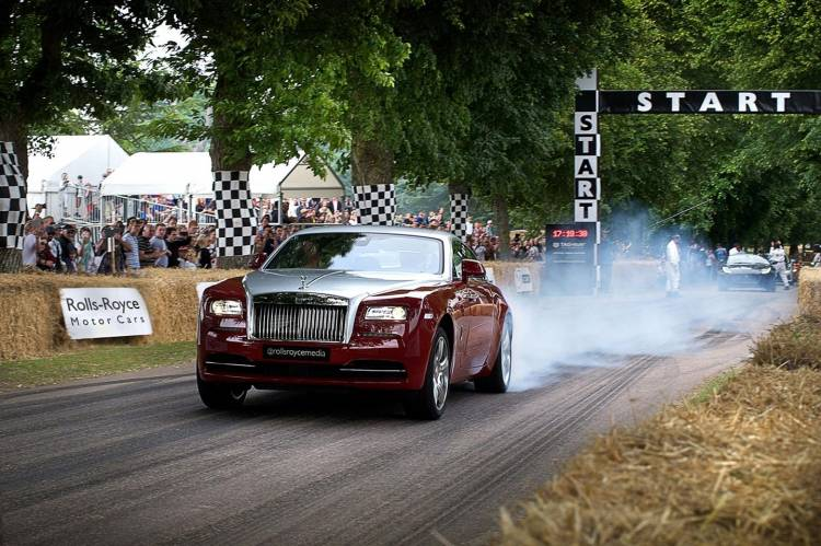 rolls-royce-wraith-goodwood-010715-02