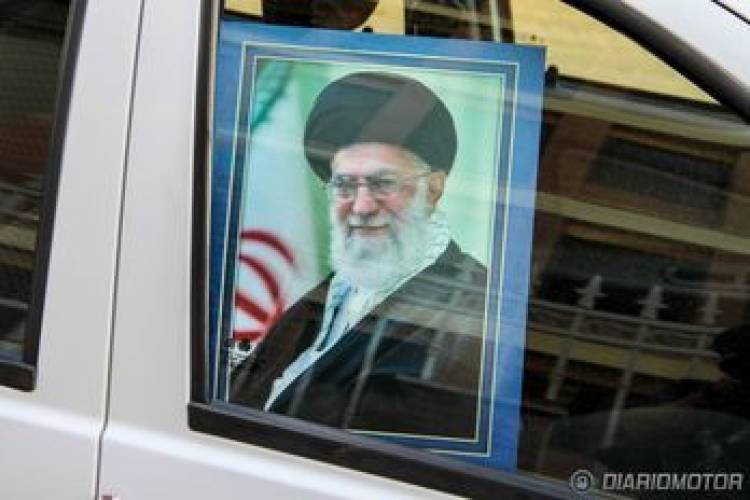 Saipa Tiba SX, prueba en Irán (I) Un coche low-cost de fabricación 100% iraní
