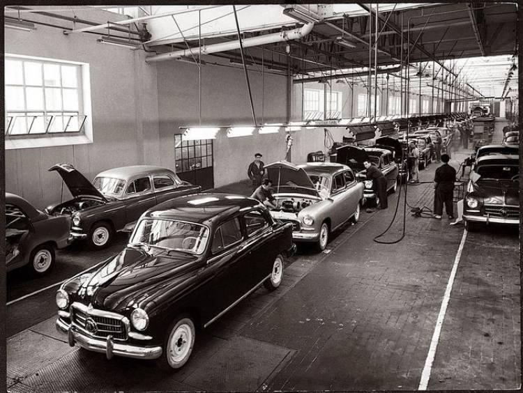 SEAT 1400, hace 60 años salía de fábrica el primer SEAT de la historia