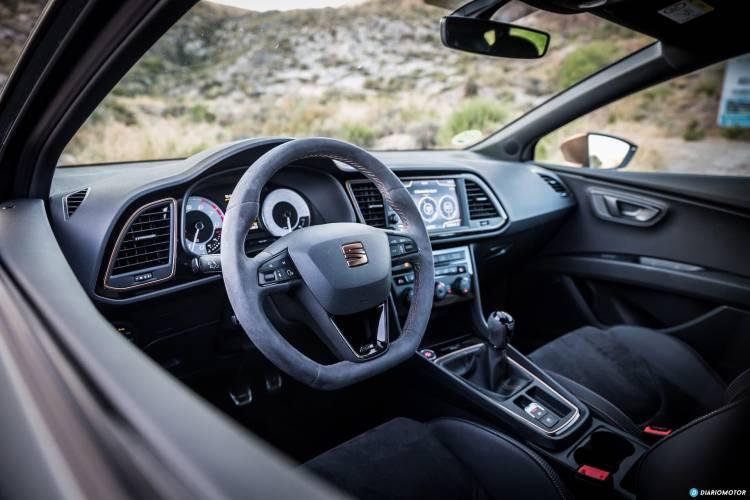 Seat Leon Cupra R Interior 1