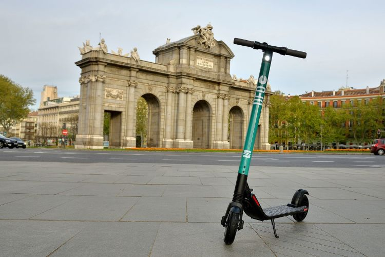Seat Patinetes Electricos Alquiler Madrid 03