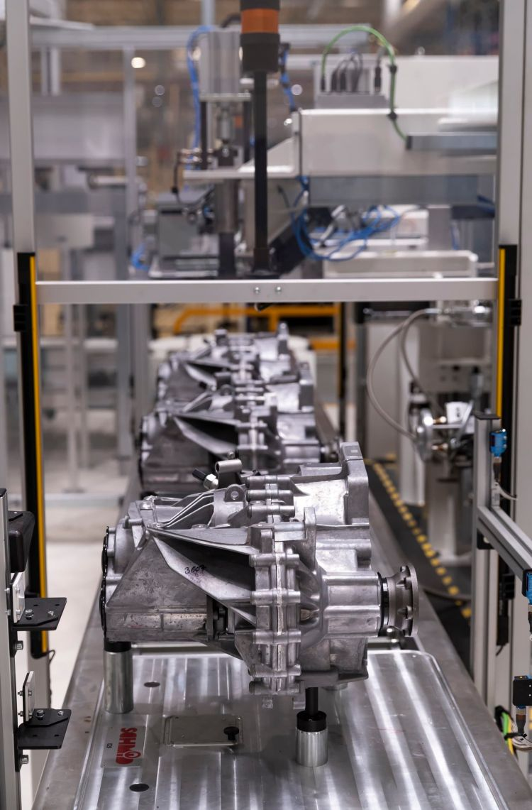 Seat Starts Production Of A New Gearbox 06 Hq