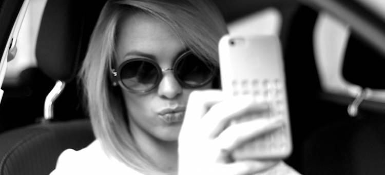 selfie-03-1440px