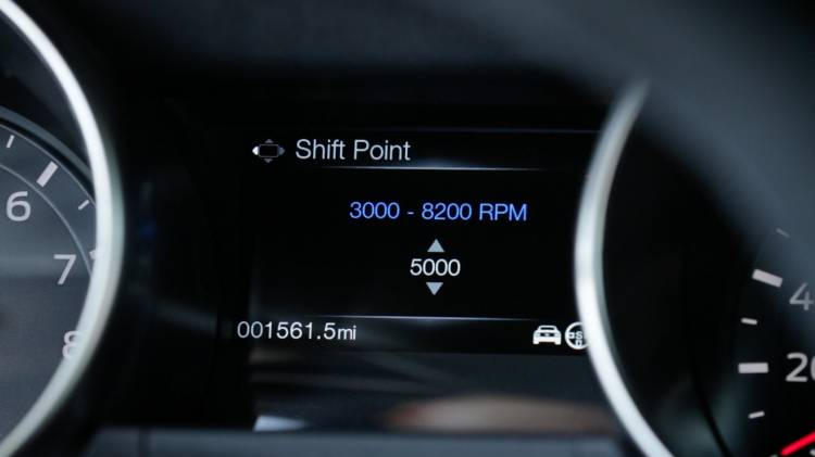 shelby-gt350-mustang-shift-light-02-1440px